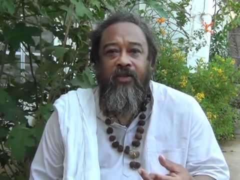 Mooji Answers: Is It Important to Devote Time to Meditation?
