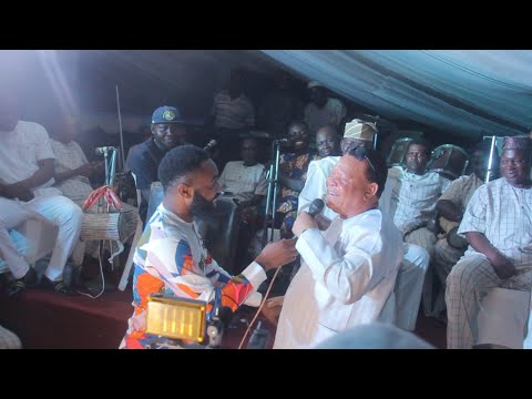 WOLI AROLE AND ADEWALE ELESHO SLOG IT OUT ON STAGE AT ODUN AJE IN ILE IFE