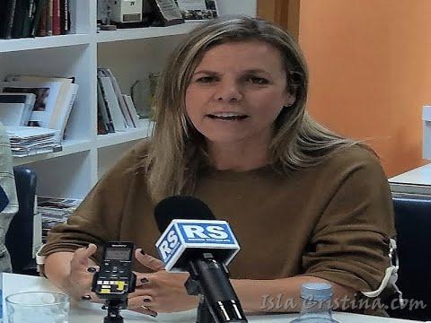 """La alcaldesa isleña, explica la postura del ayuntamiento respecto al convenio de colaboración con el Economato Provincial """"Resurgir"""","""