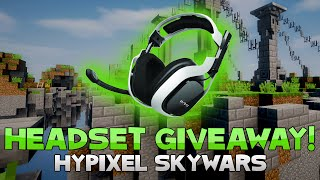 ASTRO GIVEAWAY TIME & HOW TO ENTER + INSANE COMBO! ( Hypixel Skywars )