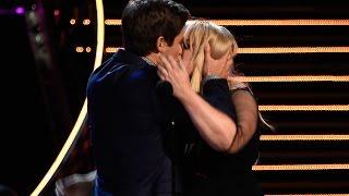 Video Rebel Wilson & Adam Devine Win Best Kiss At MTV Movie Awards 2016 MP3, 3GP, MP4, WEBM, AVI, FLV Mei 2017