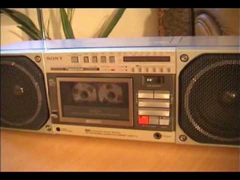 COOL RADIORECORDER SONY CFS-F70
