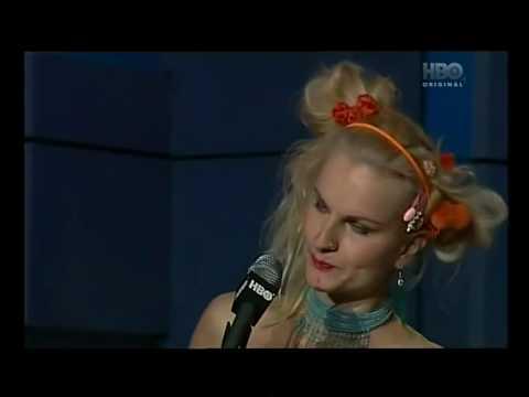 Blond�na na gynd�..