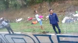 Video Kecelakaan Bus Maut di Tanjakan Emen Subang JABAR MP3, 3GP, MP4, WEBM, AVI, FLV Februari 2018