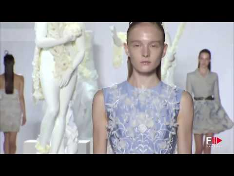 """GIAMBATTISTA VALLI"" Haute Couture Autumn Winter 2013 2014 Paris by Fashion Channel"