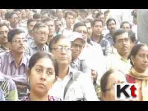 Life Insurance Agents demanding better facilities