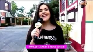 Angelique Boyer - Ivindada de Brasil para una Live de conferencia contestando perguntas de sus fans