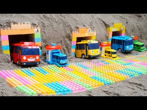 Crane Truck & Mcqueen Cars rescues Tayo the Little Bus Crashed into the Pit | Kids And Truck