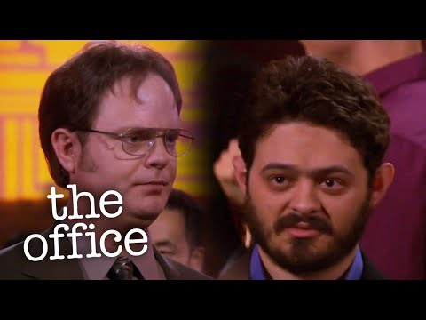 Dwight Meets a Hobbit - The Office US