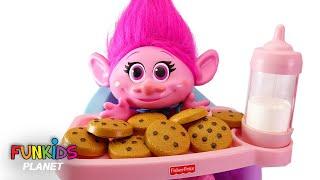 Video Trolls Poppy High Chair & Cookies and Milk With Paw Patrol MP3, 3GP, MP4, WEBM, AVI, FLV Januari 2019