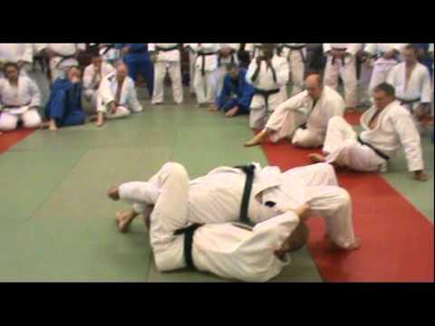 Judo – San-kaku-jime Techniques by Steve Gawthorpe (6th Dan)_2