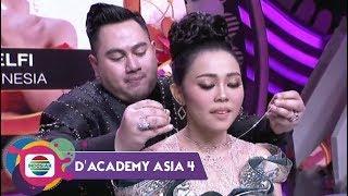 Video SO SWEET!!! Hadiah Kalung dan Cincin dari Nassar untuk Selfi | Konser Kemenangan DA Asia 4 MP3, 3GP, MP4, WEBM, AVI, FLV Mei 2019