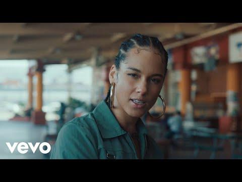 "Alicia Keys divulga clipe de ""Underdog"". Assista"