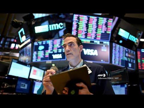 COVID-19: Κατρακυλούν οι διεθνείς χρηματαγορές