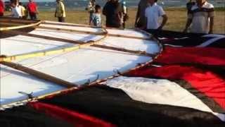 DANGIN PEKEN TEST BIGGEST DRAGON KITE AT PANTAI MERTASARI   SANUR BALI