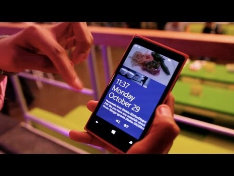 Facebook lockscreen for Nokia Lumia 920 Windows Phone 8