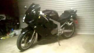5. HYOSUNG GT250R 2006