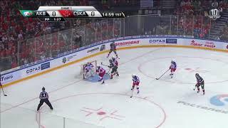 Юханссон реагирует на бросок Секача