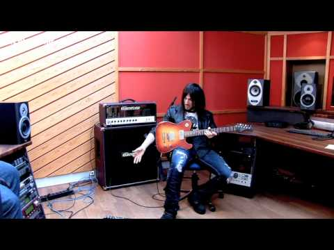 Bumblefoot on playing in Guns N' Roses and using TC Electronic Nova System