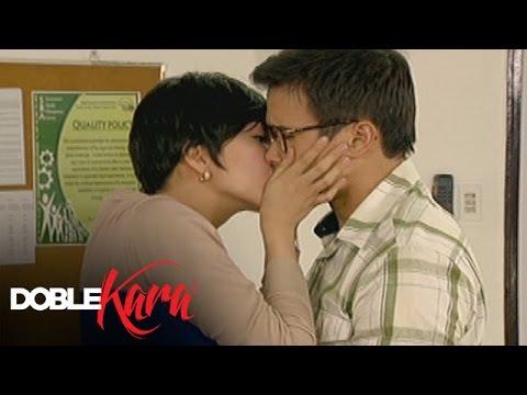 Doble Kara: Sara kisses Seb