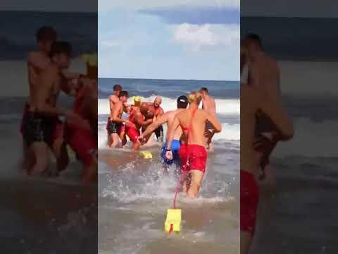 Buractwo nad polskim morzem? Ratownicy musieli go na siłę wyciągać z Bałtyku