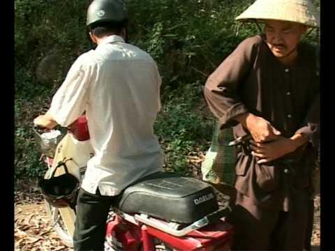 Bác Ba Phi lên phố - tập 2 - Tay xe ôm ranh mãnh