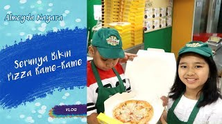 Video Bikin Pizza Pepperoni n Cheese! | Vlog to Kidzania Part. 1 MP3, 3GP, MP4, WEBM, AVI, FLV Februari 2018