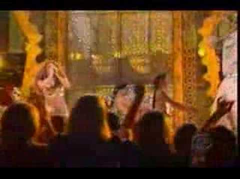 Shakira - Grammy 2007 - Las caderas no mienten