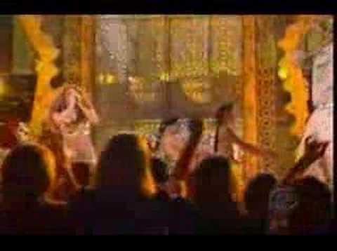 Shakira - Grammy 2007 - Las caderas no mienten