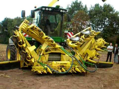 John Deere 7950i with Kemper 390Plus