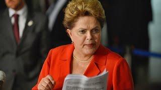 São Paulo - O Ibovespa operava em alta de 0,88% nesta quarta-feira. Entre os destaques positivos estão as ações da Usiminas, que subiam 6%. A Vale também sub...