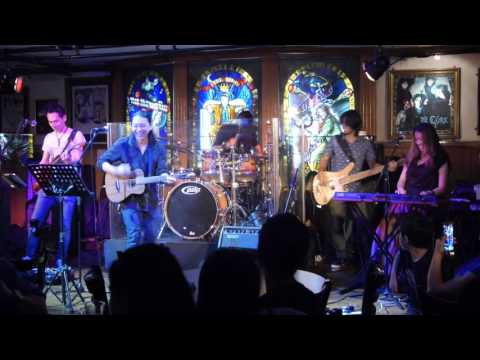 Thunder Rock School: Band On The Run