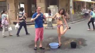 #alsicebucketchallenge with bikini girl