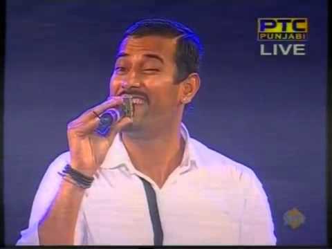 Garry Sandhu Live At PTC Channel Music Awards 2013