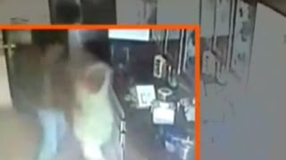 Haldwani India  city images : Caught on Camera: Servant Murders His Owner in Haldwani