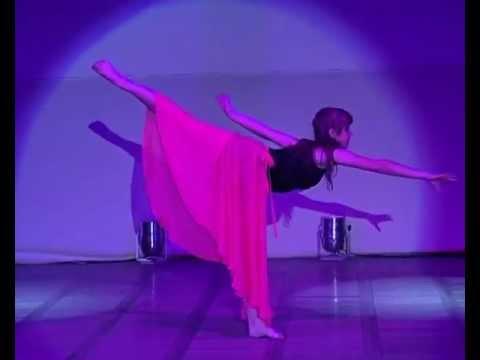 оптимальному завораживающий танец пластичных девушек видео сравнению