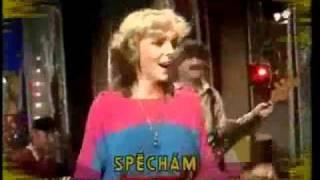 Toto je československá singlová hitparáda roku 1983.Sledujete pořadí na 10. - 1.místě.