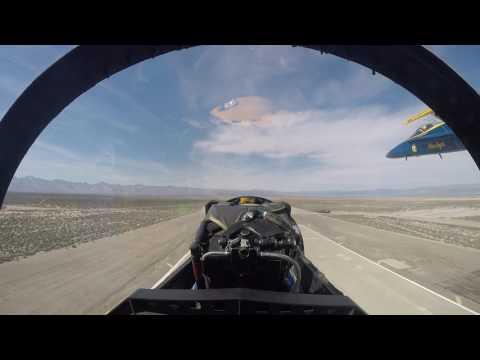Blue Angels ride looking forward (видео)
