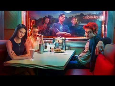 "Riverdale Season 1 Episode 1 ""Chapter One: The River's Edge"" Review"
