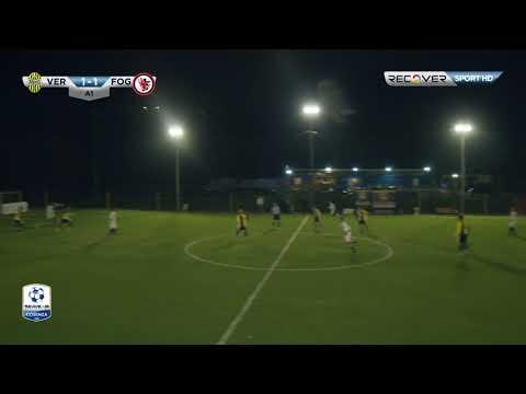 Verona-Foggia 2-2