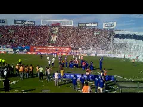 www.elDecano.net - Recibimiento a Olimpia por la Barra - La Barra del Olimpia - Olimpia