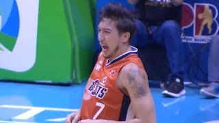 Hodge beats the shot clock buzzer from deep!   PBA Governors' Cup 2018