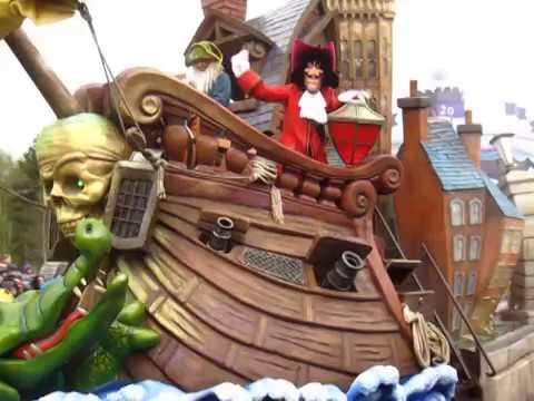 Disneyland Paris desfile completo