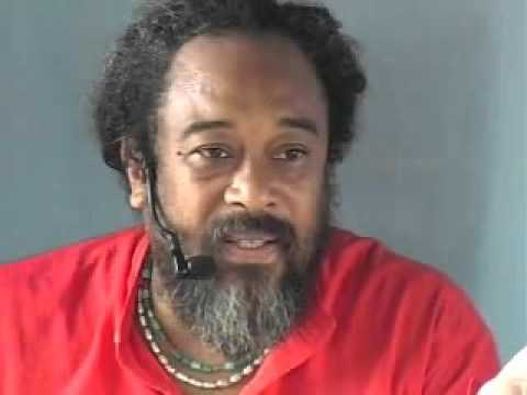Mooji Video: Everything is Happening All by Itself