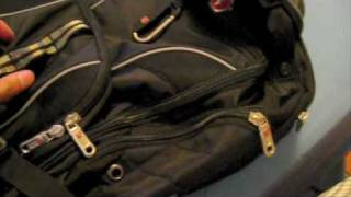 Here's a quick and hopefully, informative video for any users out there looking to buy a laptop bag. SwissGear makes excellent ...
