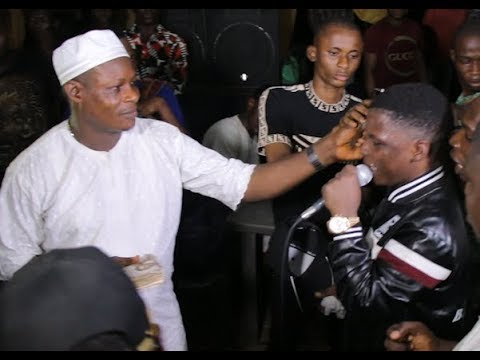 Kunle Poly Was Force Stand Up & Spray Lot Of Money On Doro's Artiste Tunde Maltina While Performing
