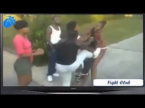 Black Girls Fighting On