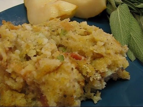 Betty's Kitchen Bacon and Sage Cornbread Dressing for Thanksgiving ...