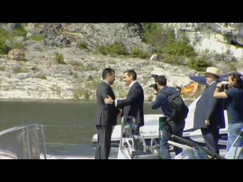 Υποδοχή του Ζόραν Ζάεφ από τον Πρωθυπουργό στις Πρέσπες