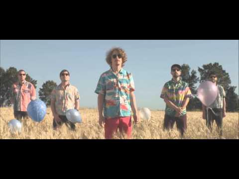 Tekst piosenki Sante Les Amis - Brasil po polsku